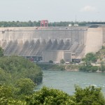 Niagara Falls: Hydroelectric Power Dam